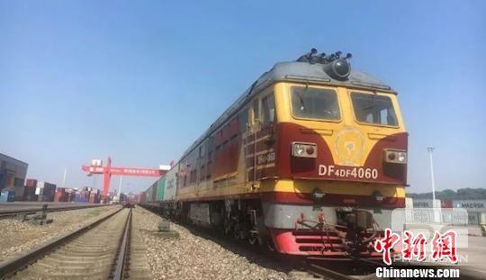 泸州—广西钦州铁海联运外贸铁路班列测试列开行